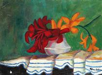 vase with lilies - Nina Arbore