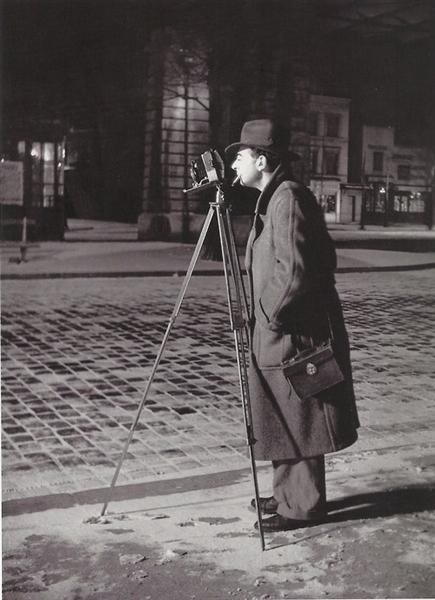 Autoportrait - Boulevard Saint-Jacques, Paris 14ème, 1932 - Brassai