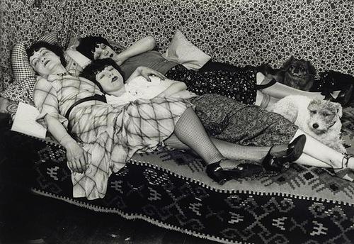 Kiki et ses amies (Thérèze Treize et Lily), 1932 - Brassai