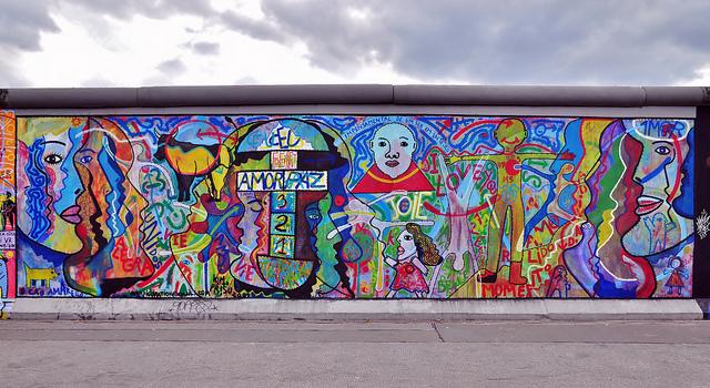 East Side Gallery, Berlin Wall, 2009 - Kim Prisu