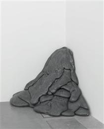 Quartered Meteor - Lynda Benglis